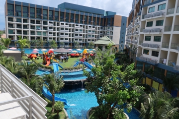 Laguna Beach Resort Jomtien 2 Location